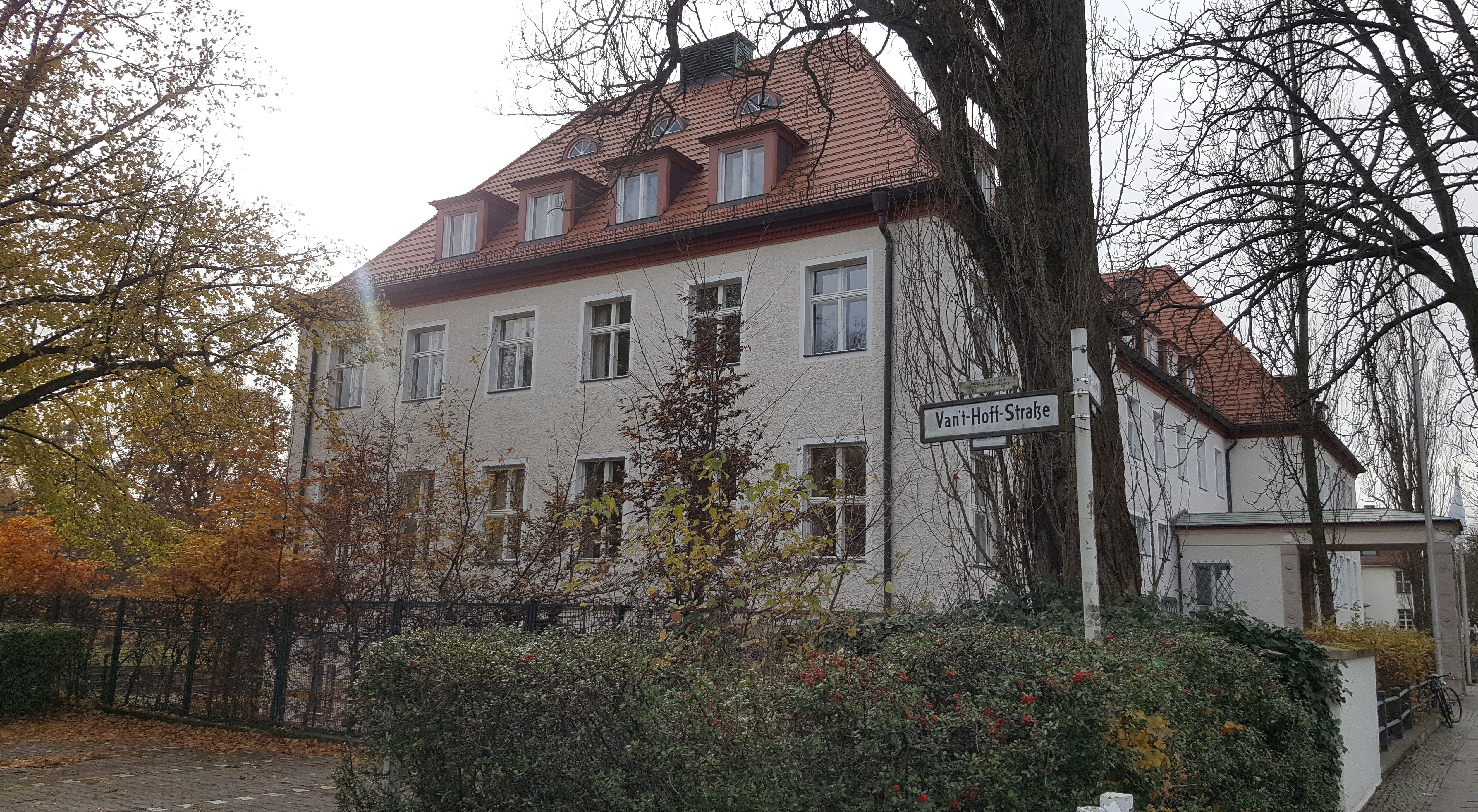 Harnack Haus, Dahlem